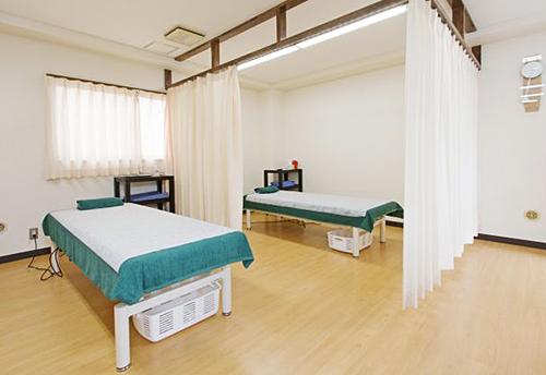 にじいろ鍼灸院